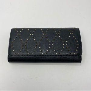 Vera Bradley Black Wallet A106